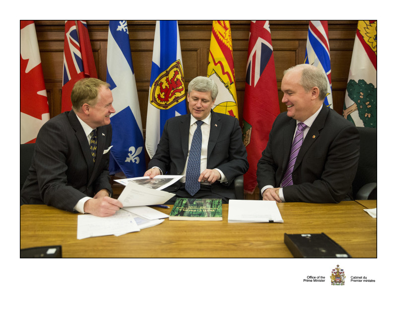 Meeting after Caucus with Prime Minister Harper and my colleague, MP Colin Carrie to discuss issues impacting Durham
